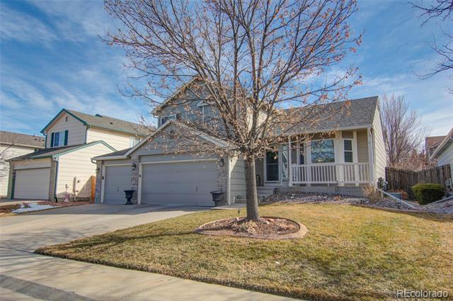Photo of home for sale at 5126 Valdai Street South, Aurora CO