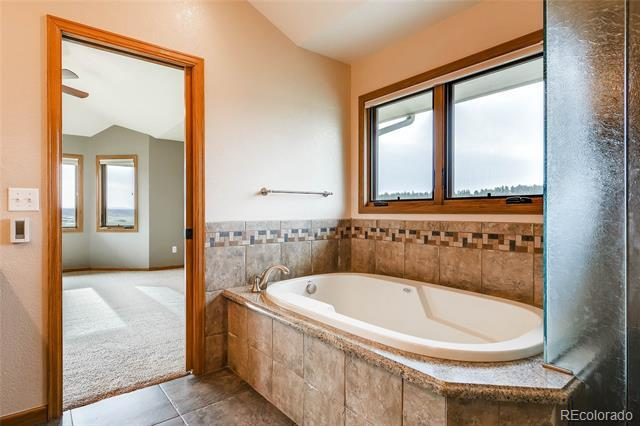 255 Grey Squirrel Way Franktown, CO 80116 - MLS #: 5900375